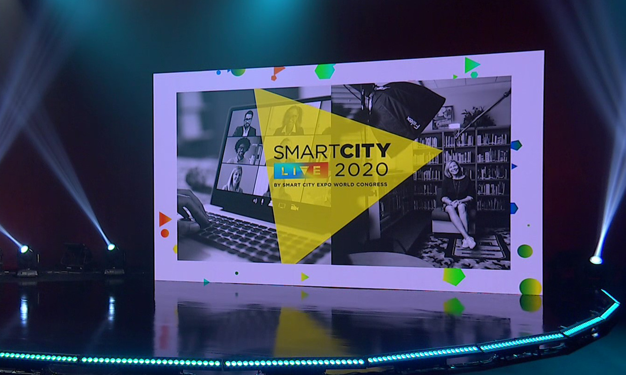 Public and private sectors choose Smart City Live