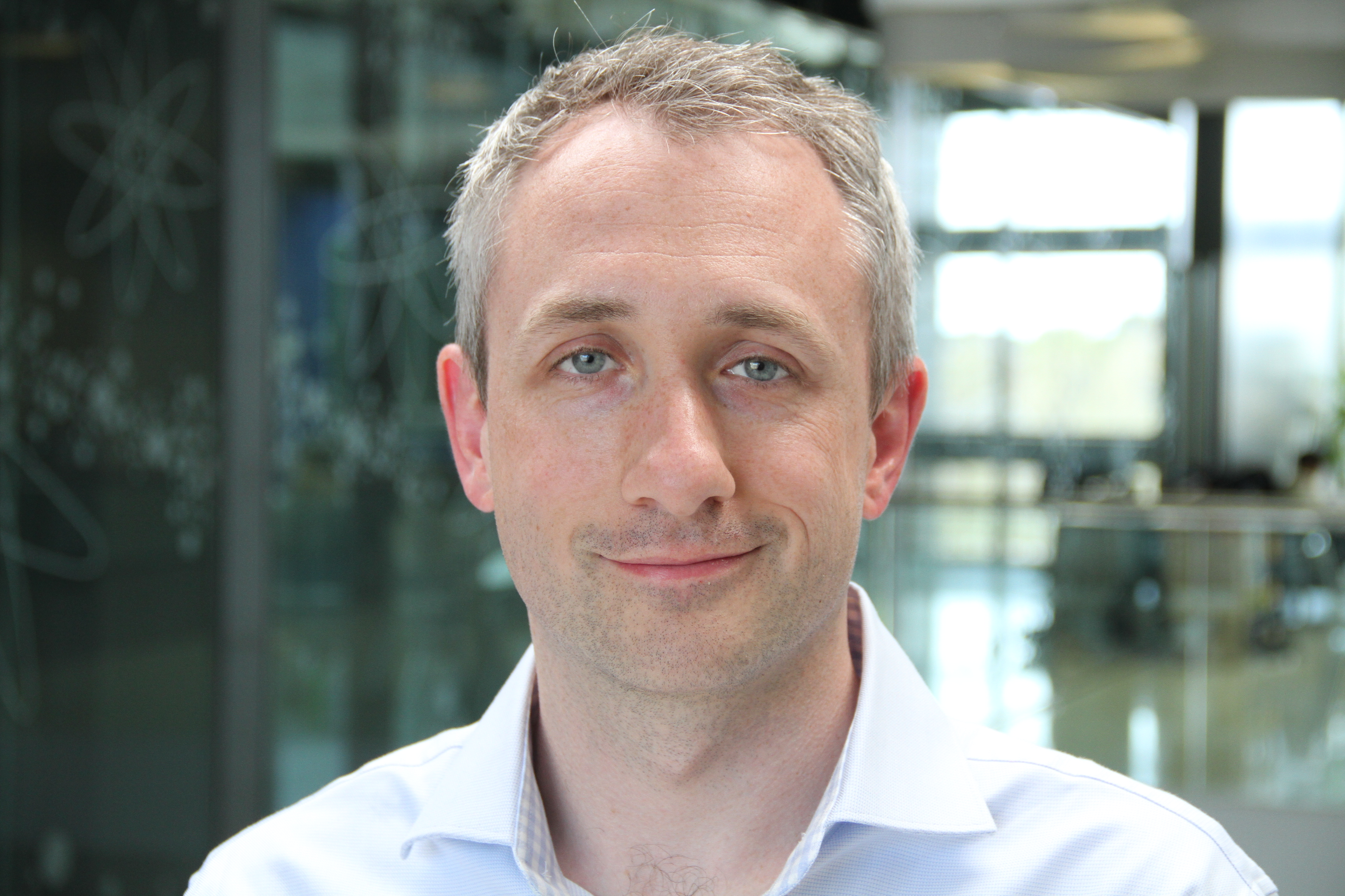 Dr.Alastair Cunningham